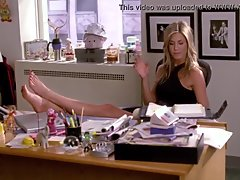 Jennifer Aniston'_s feet on 30 Rock